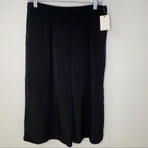 Calvin Klein Split Skirt Wide Leg Capri Shorts NWT